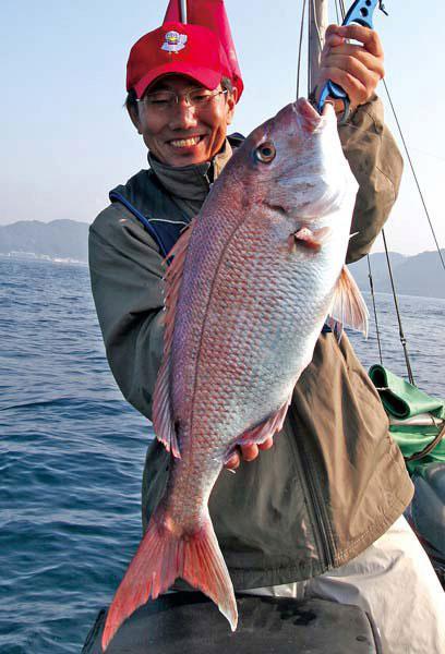 西野弘章 五目釣り師 竹岡にてマダイ釣り