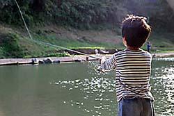 ジョイバレーでニジマス釣り