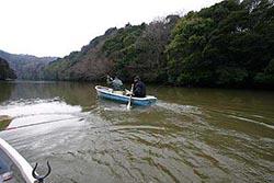 三島湖ボートワカサギ