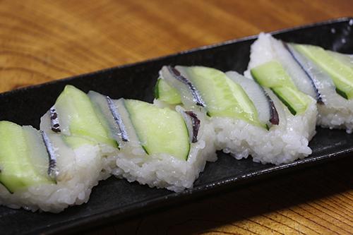 サヨリの押し寿司